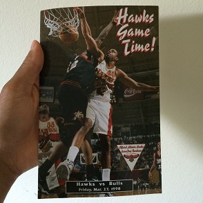 The program directory for the Bulls/Hawks matchup that night.